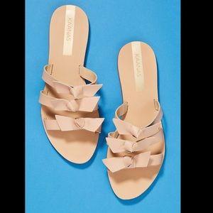 KAANAS bow style sandals